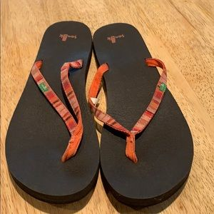 Sanuk Joy Funk Flip flops